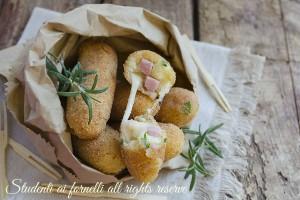 Bastoncini di patate prosciutto e formaggio
