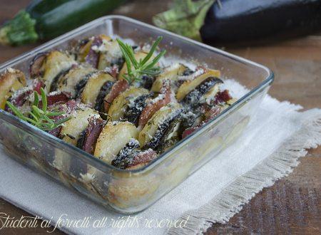 Verdure al parmigiano e prosciutto al forno