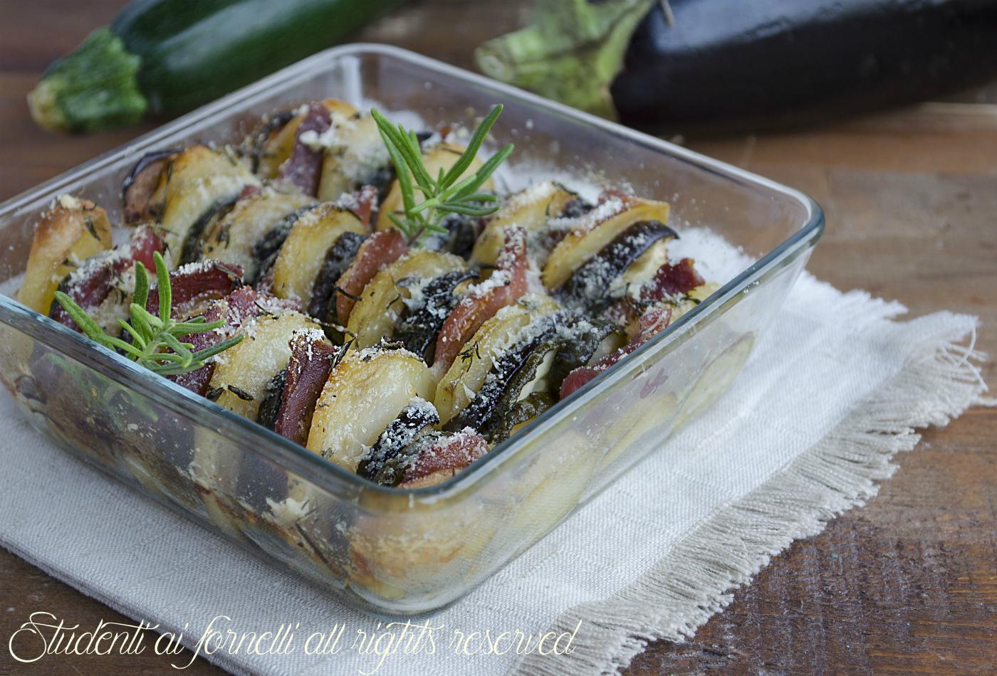 ricetta verdure al parmigiano e prosciutto al forno ricetta melanzane zucchine patate prosciutto