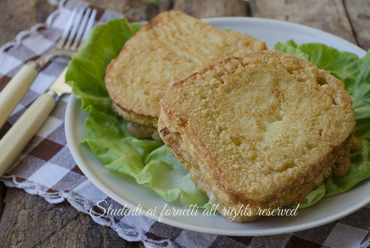 ricetta sandwich fritti prosciutto cotto e provola ricetta mozzarella in carrozza facile e gustosa