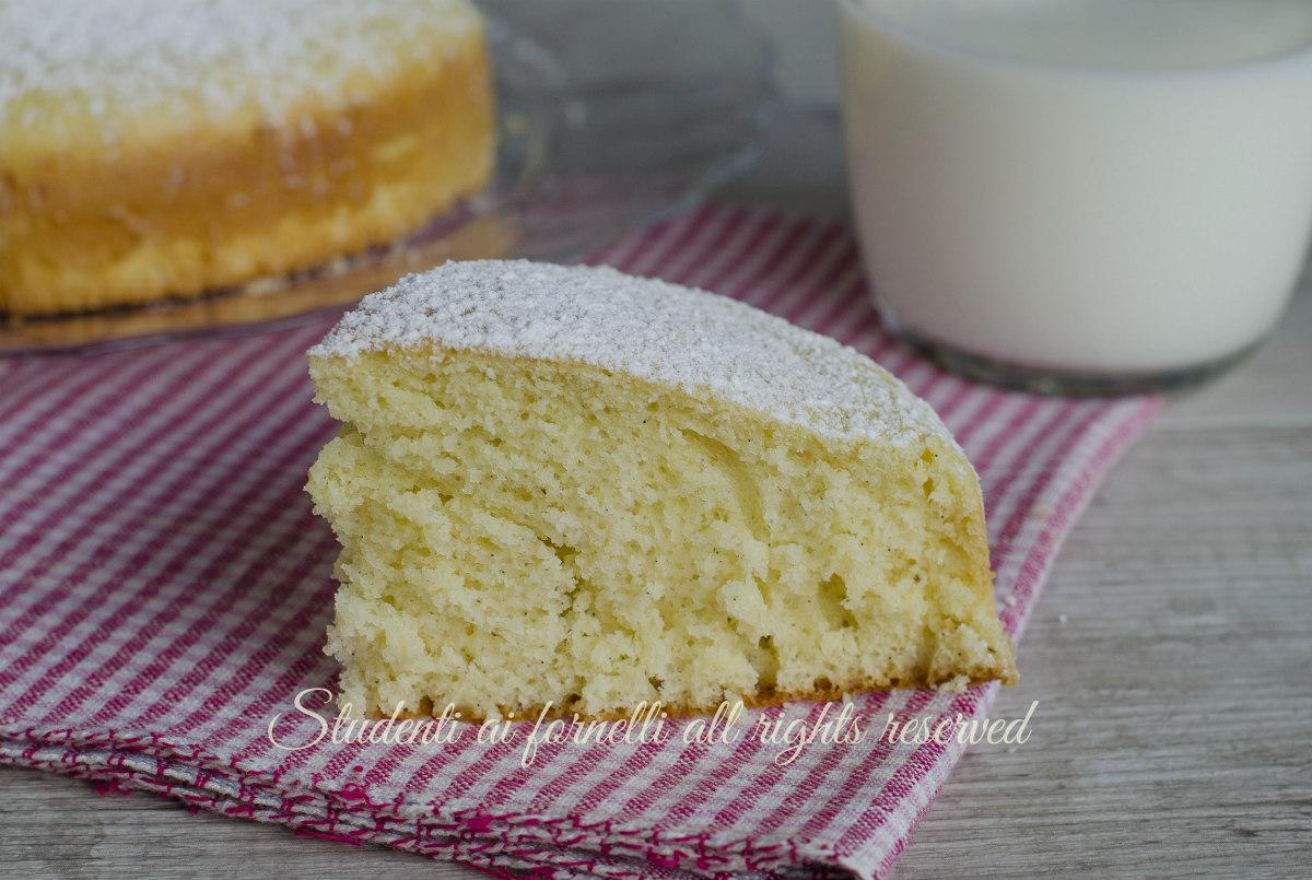 ricetta torta soffice al latte e vaniglia per colazione e merenda senza burro ricetta