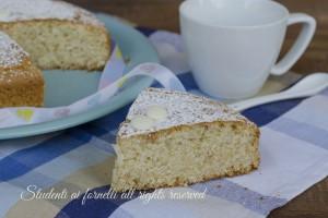 Torta cioccolato bianco e mandorle senza uova latte e burro