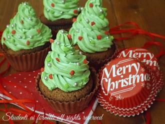 cupcakes alberelli di natale al cioccolato ricetta muffin soffici e golosi