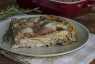 Lasagne alle noci e speck provola mozzarella ricetta primo piatto gustoso feste domenica