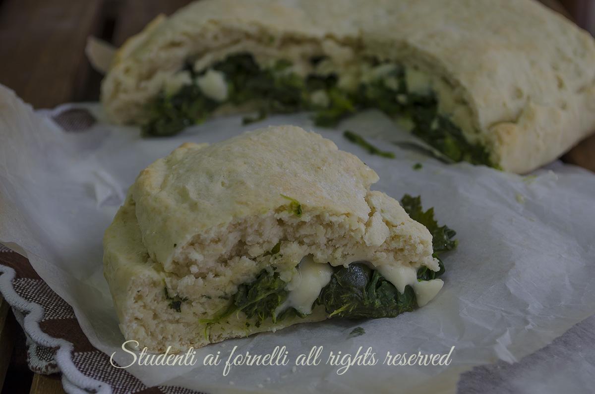 focaccia broccoli e stracchino con mozzarella veloce senza lievitazione ricetta gustosa