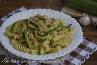 ricetta pasta zucchine e salmone ricetta primo facile veloce