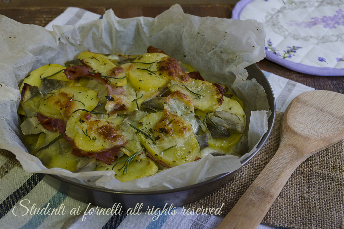 Patate con carciofi prosciutto e mozzarella al forno ricetta for Secondi romani