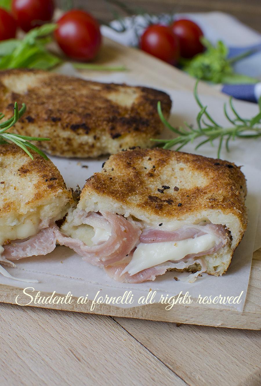 ricetta fagottini di patate prosciutto e formaggio ricetta secondo in padella non fritto o al forno