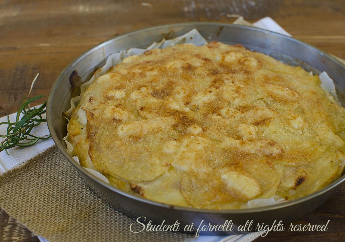 ricetta sformato tortino parmigiana di patate prosciutto e formaggio ricetta secondo gustoso facile veloce
