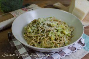 Spaghetti cremosi broccoli e patate