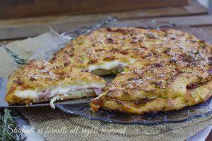 Sbriciolata croccante di patate prosciutto e scamorza