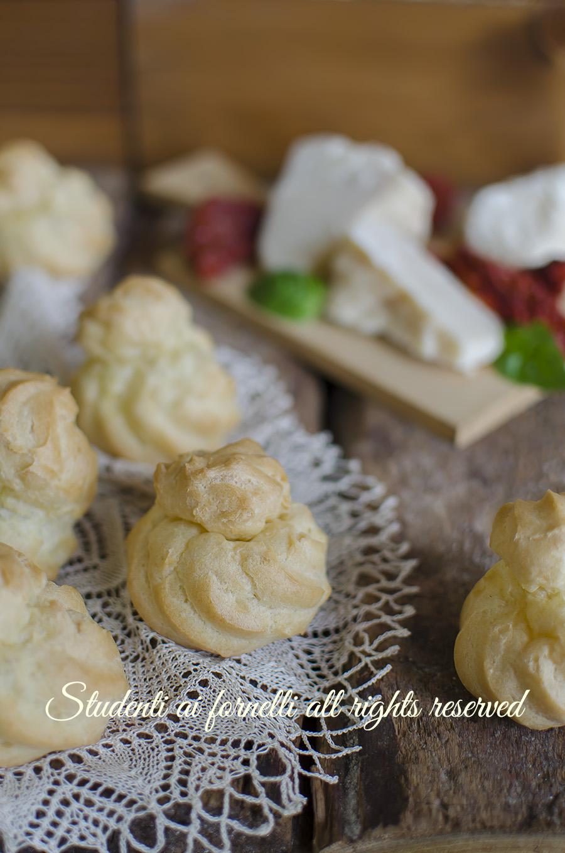 bignè salati ricetta come fare la pasta choux aperitivo buffet compleanno bignè da farcire