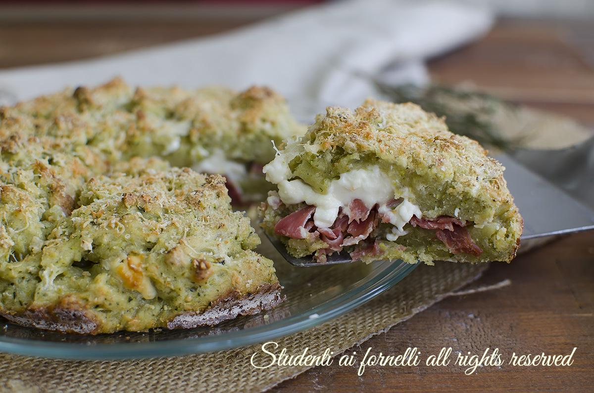 sbriciolata di zucchine veloce prosciutto e stracchino senza uova lievito ricetta sfiziosa (1)