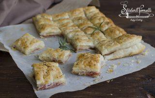 ricetta 2 RUSTICHELLA veloce prosciutto e formaggio pasta sfoglia antipasto veloce ricetta