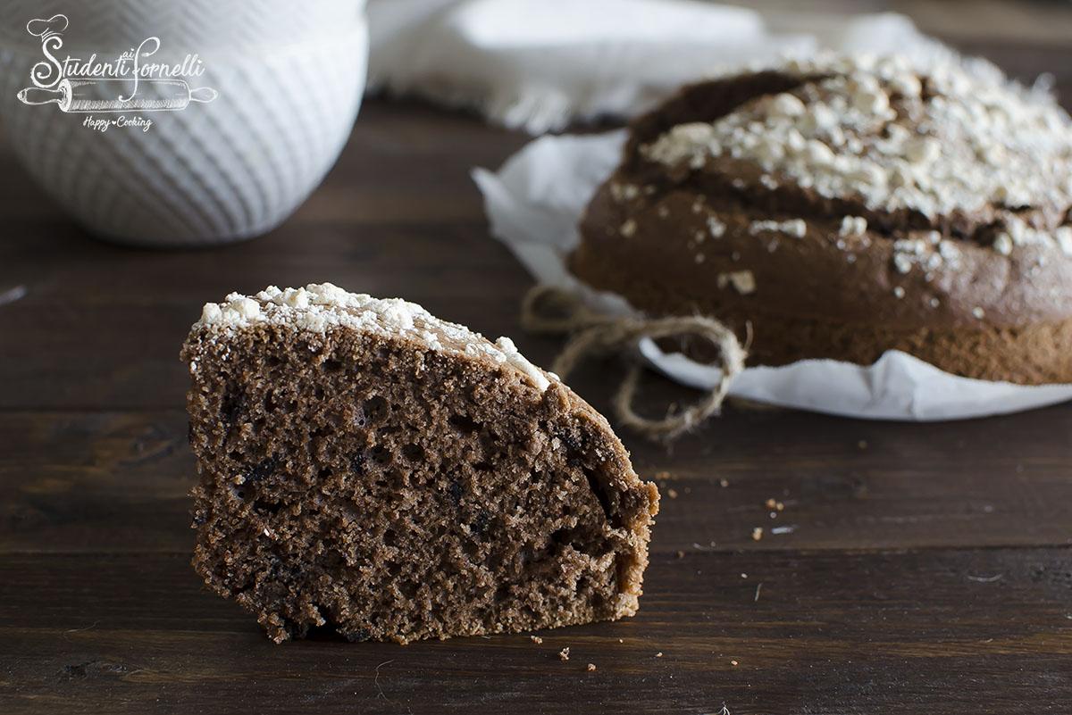 ricetta torta al cioccolato senza burro senza lattosio e latticini all'acqua con meringhe facile senza burro e olio