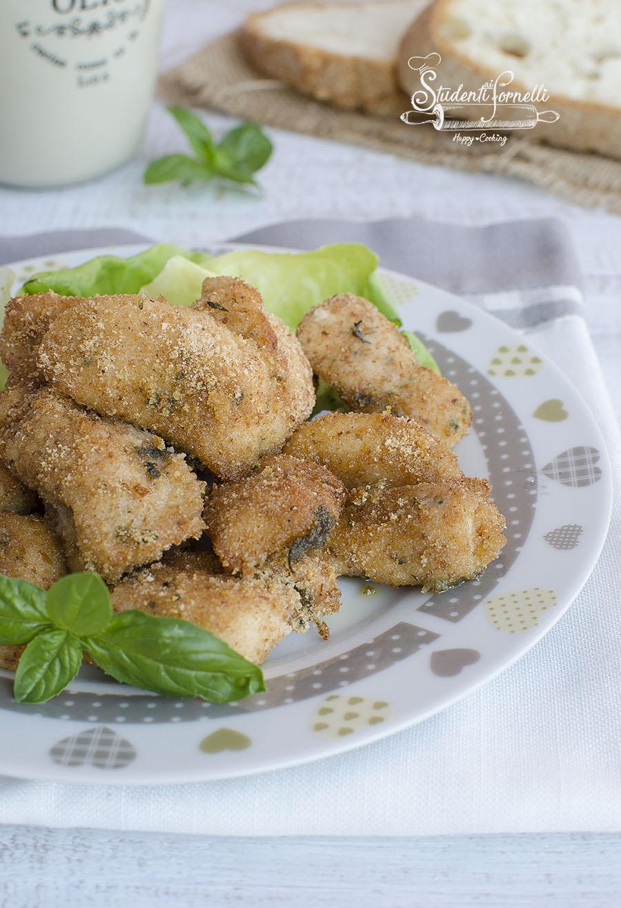bocconcini di pollo al forno con impanatura croccante ricetta secondo piatto