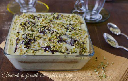 tiramisù al pistacchio e nutella-veloce-ricetta-dolce-freddo-senza-cottura-facile-veloce