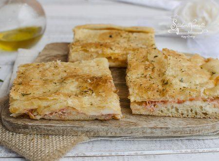 PIZZA SFOGLIATA VELOCE SENZA LIEVITAZIONE prosciutto e mozzarella