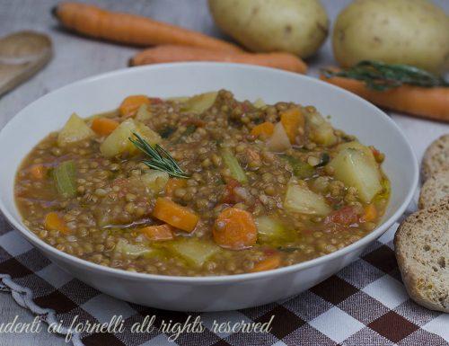 ZUPPA DI LENTICCHIE e patate con carote