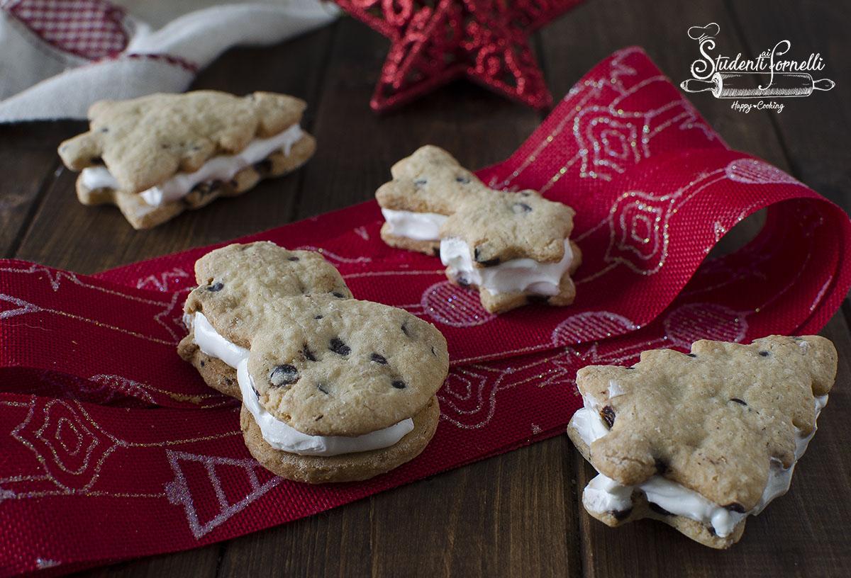 Biscotti cookies paradiso di Natale ricetta crema al latte