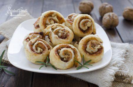 girelle di pasta sfoglia speck gorgonzola noci ricetta pasta sfoglia