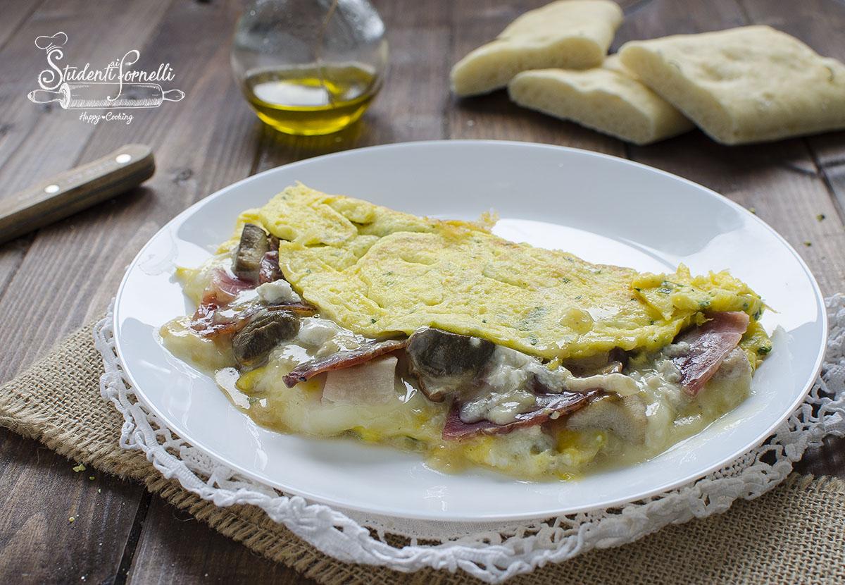 omelette ripiena ricetta con speck gorgonzola e funghi ricetta secondo