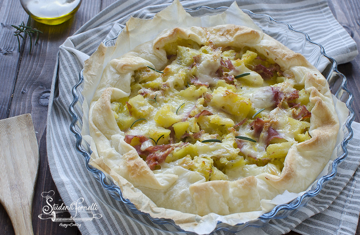 torta salata patate e prosciutto fontina pasta sfoglia