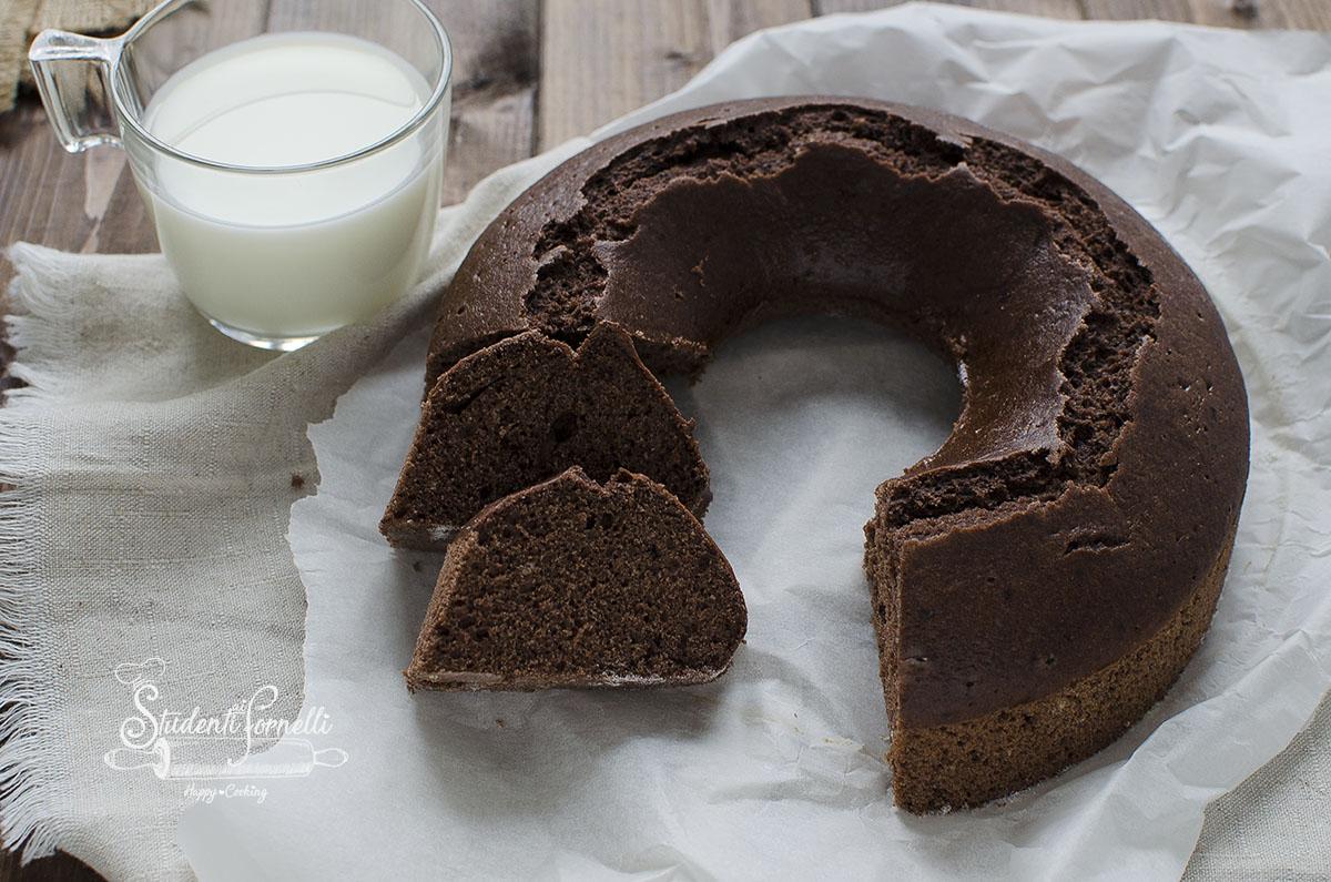 ciambella con albumi e cioccolato ricetta dolce