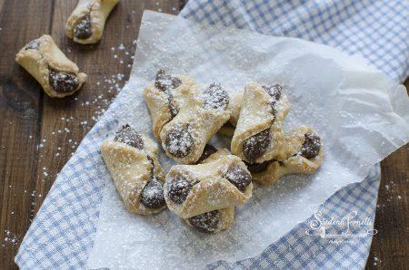 fiocchetti alla nutella biscotti di frolla ricetta