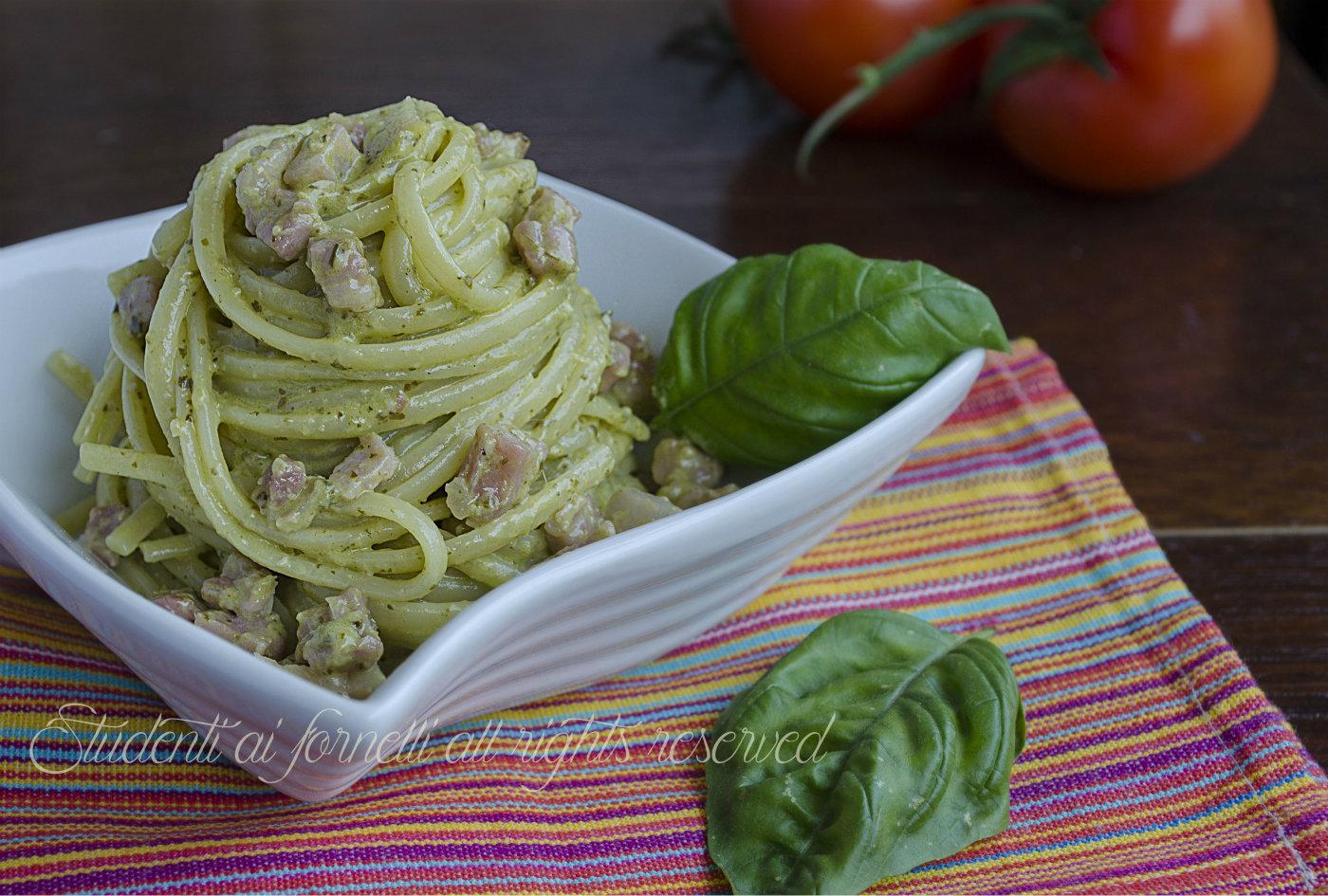 pasta pesto e pancetta cremosa ricetta primo piatto veloce 3