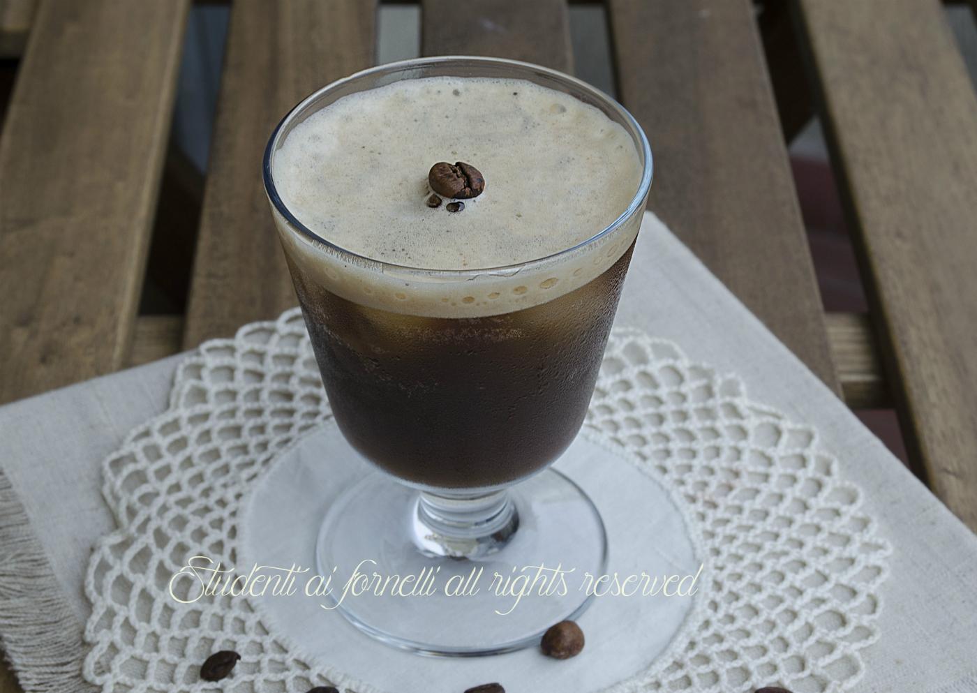caffè shakerato freddo