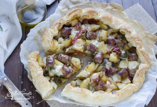 ricetta torta rustica salsiccia peperoni e patate ricetta secondo sfoglia torta salata peperoni