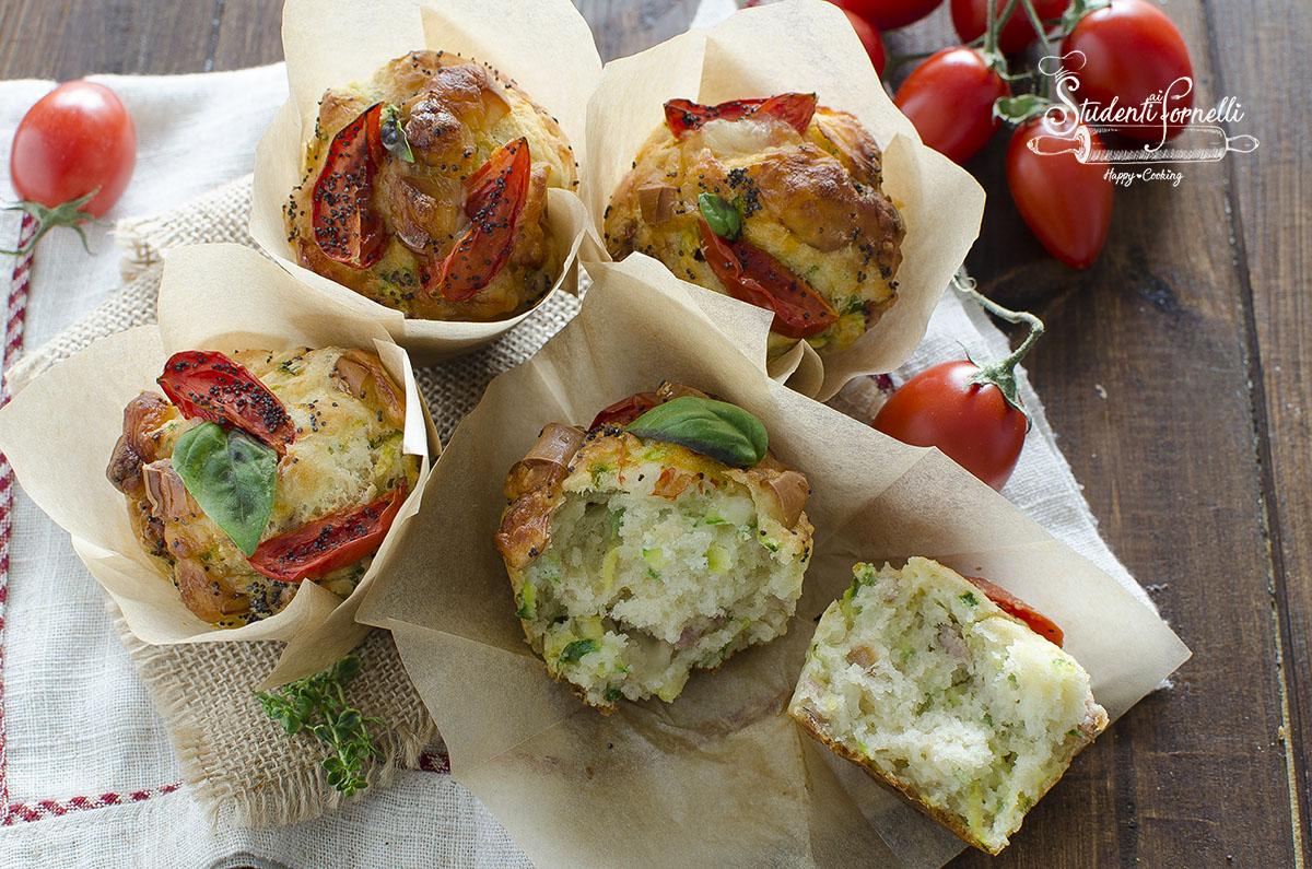 muffin salati con zucchine e pomodorini ricetta