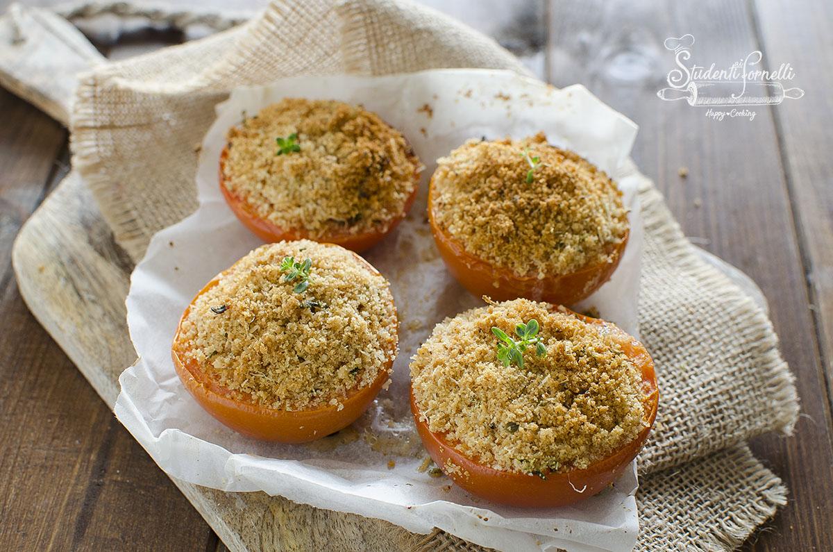 pomodori gratinati al forno o friggitrice ad aria ricetta contorno sfizioso