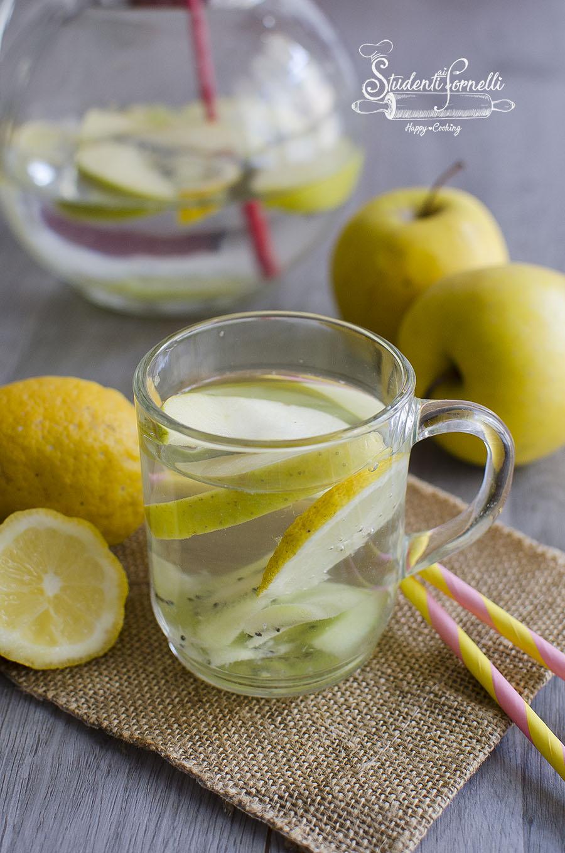 ricetta acqua detox kiwi mele lmone e kiwi per sgonfiarsi e depurarsi ricetta aromatizzata