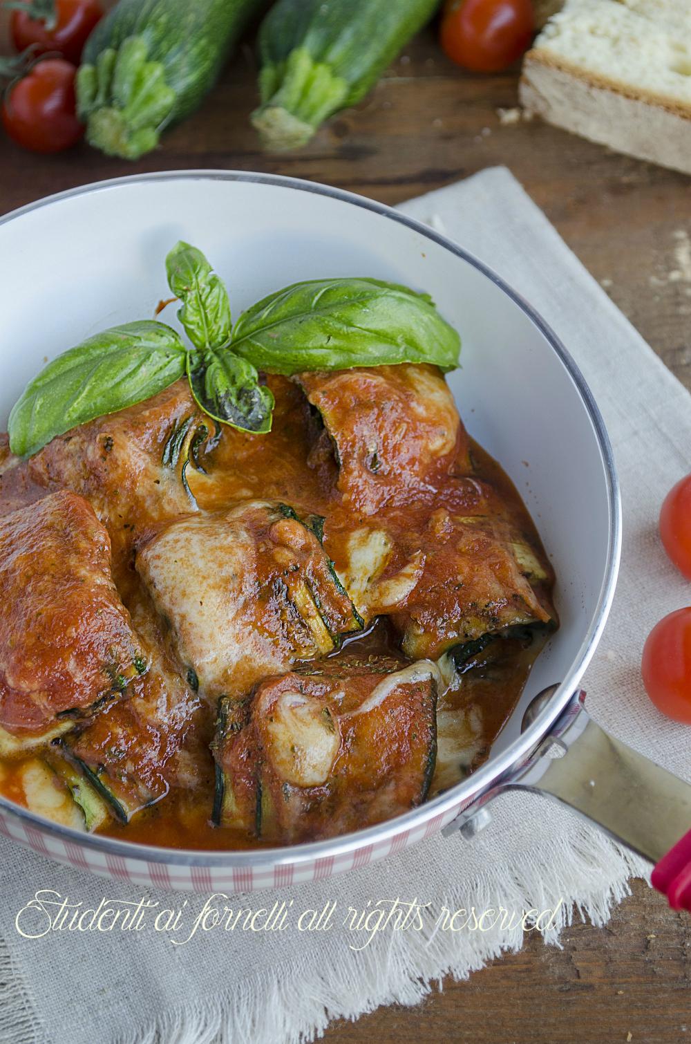 involtini di zucchine in padella con sugo e mozzarella senza frittura ricetta secondo