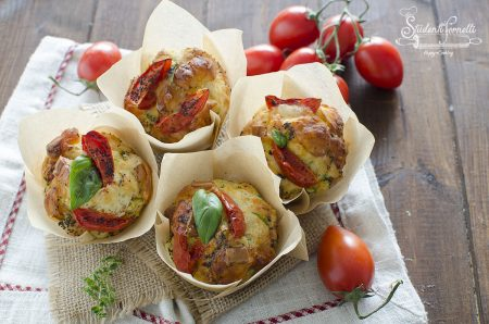 ricetta muffin salati con zucchine e pomodorini ricetta