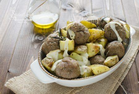 ricetta polpettine con patate e provola in friggitrice ad aria o forno ricetta secondo piatto