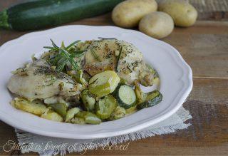 pollo in padella rosolato con patate zucchine peperoni ricetta secondo