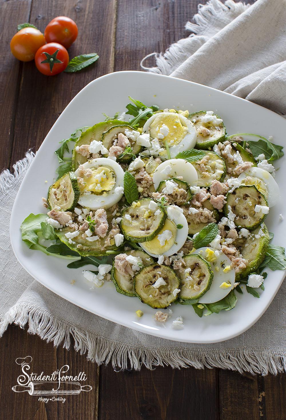 insalata con zucchine uova sode feta ricetta