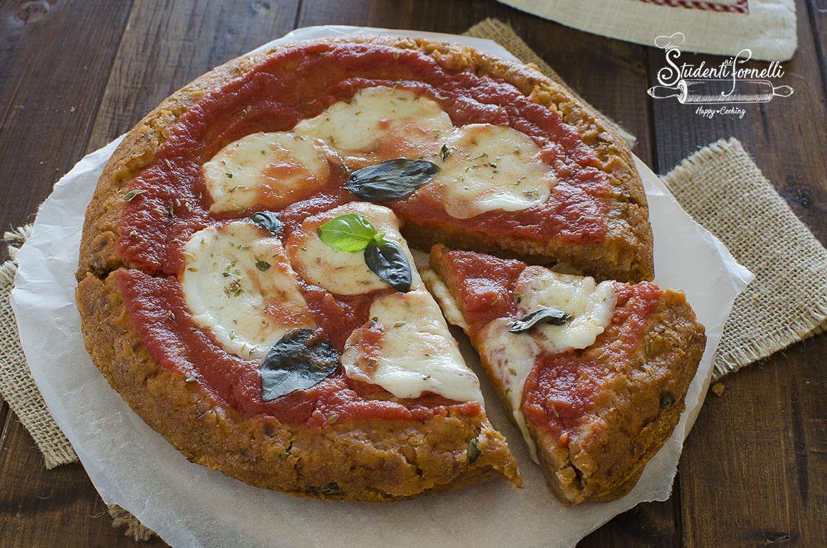 pizza di pane in padella pomodoro e mozzarella ricetta secondo