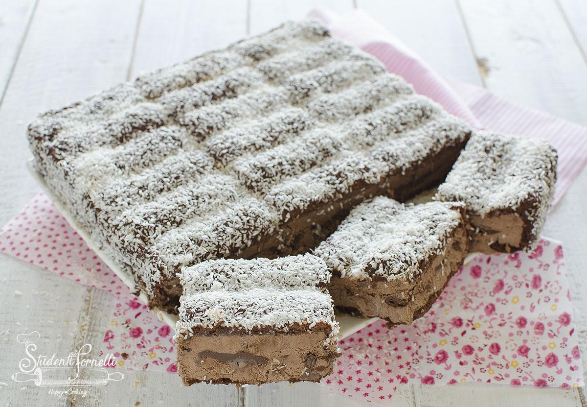 torta gelato al cicocolato pavesini nutella e cioccolato ricetta dolce senza cottura gelato