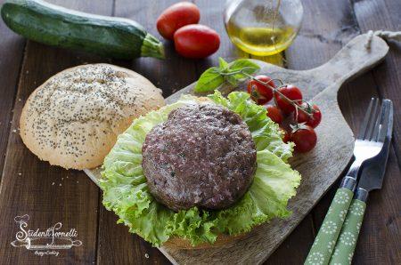 Hamburger cotti in friggitrice ad aria in pochi minuti ricetta
