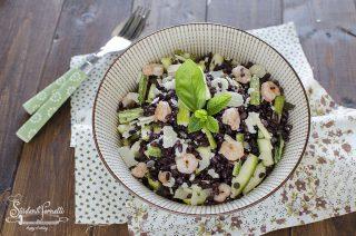 insalata di riso venere gamberetti e zucchine crude con grana ricetta primo estivo freddo