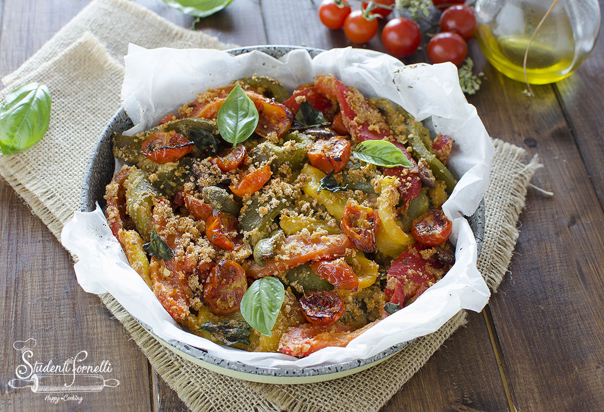 ricetta peperoni gratinati in friggitrice ad aria con olive e pomodorini ammollicati ricetta