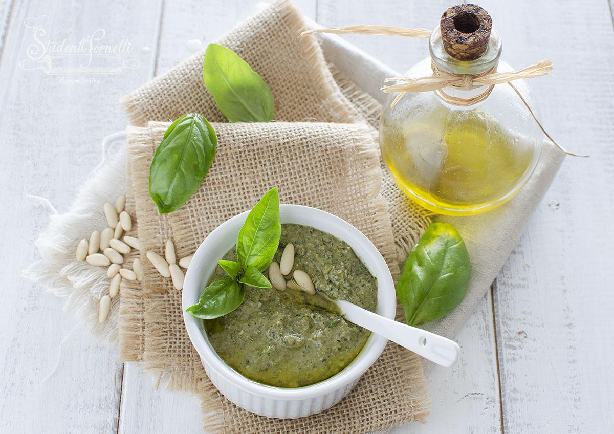 ricetta pesto di basilico ricetta genovese fatta in casa