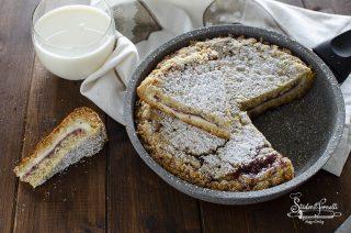sbriciolata in padella mascarpone e marmellata ricetta dolce senza forno 2