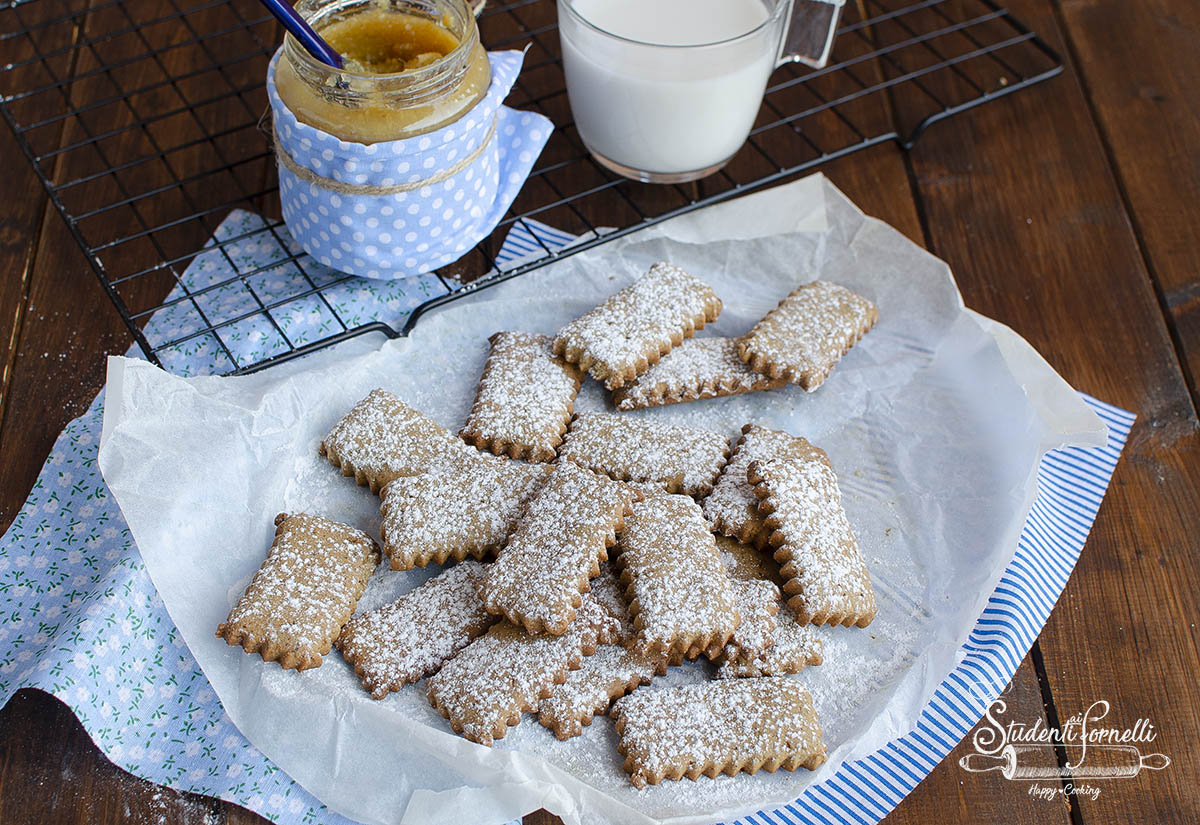 biscotti senza glutine semplici per colazione senza lattosio e burro ricetta dolce (1)