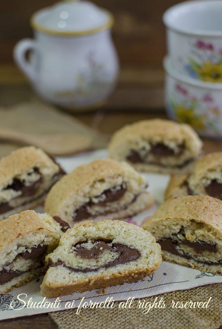 girelle di frolla alla nutella ricetta biscotti