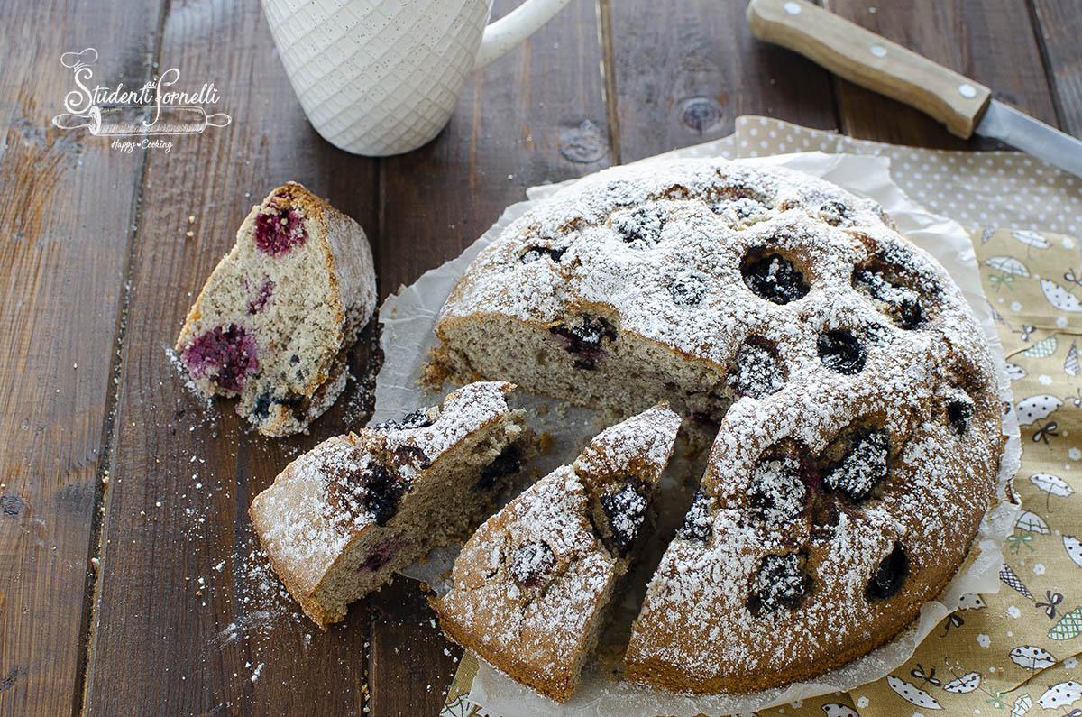 torta al grano saraceno e frutti di bosco senza glutine e senza lattosio ricetta dolce